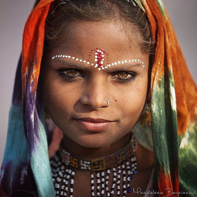 gypsy girl from Kalbelia caste, Rajasthan, India