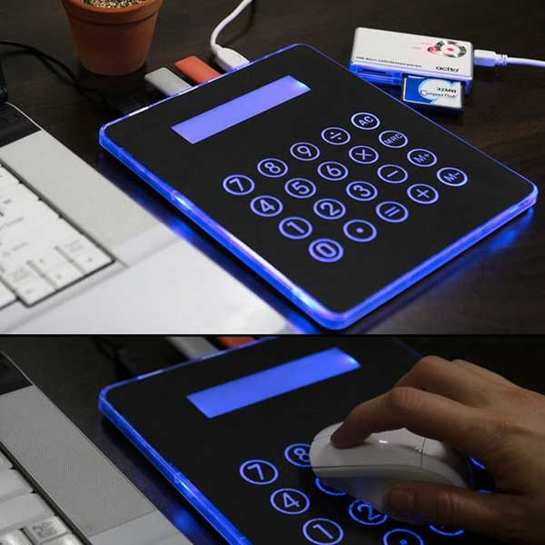 3-in-1 Calculator Mousepad with 4-Port USB Hub | GEEKYGET