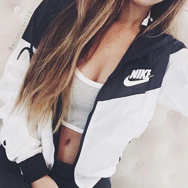 Nike women's waterproof jacket