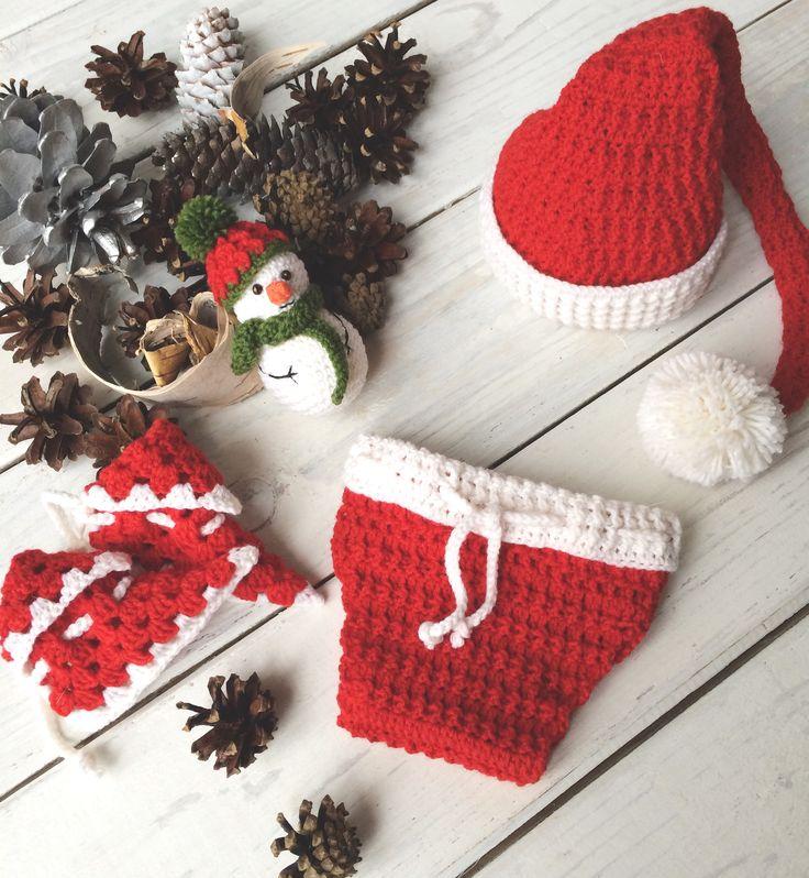 Сет из 4-х предметов: шапочка-колпачок, трусишки, ботиночки, игрушка-снеговик