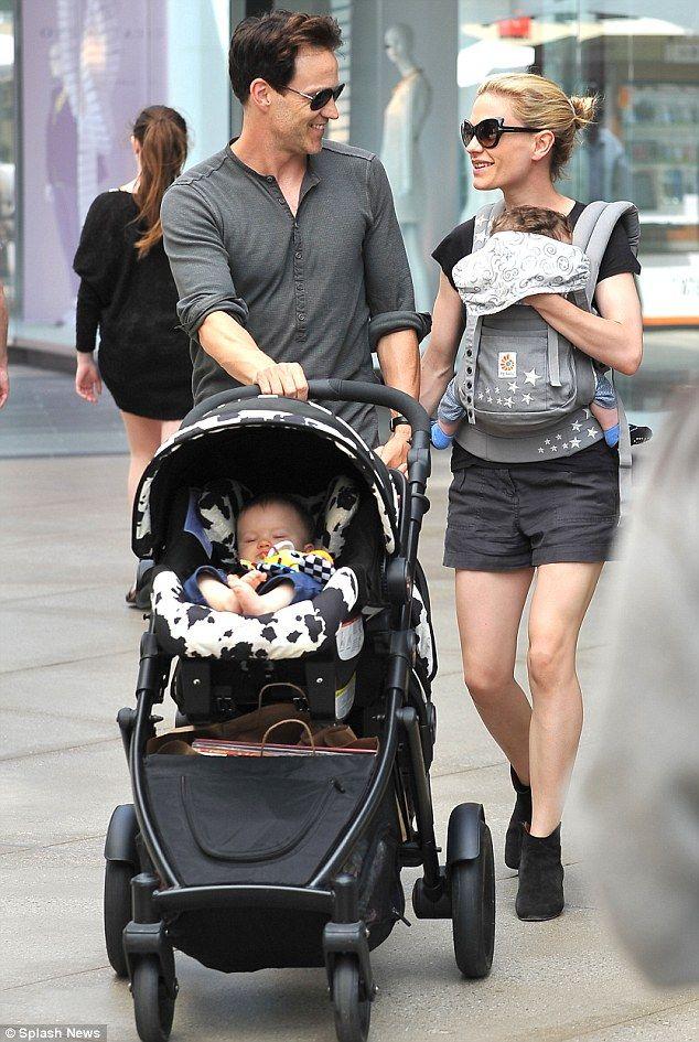 Anna Paquin's twins & Ergo Baby