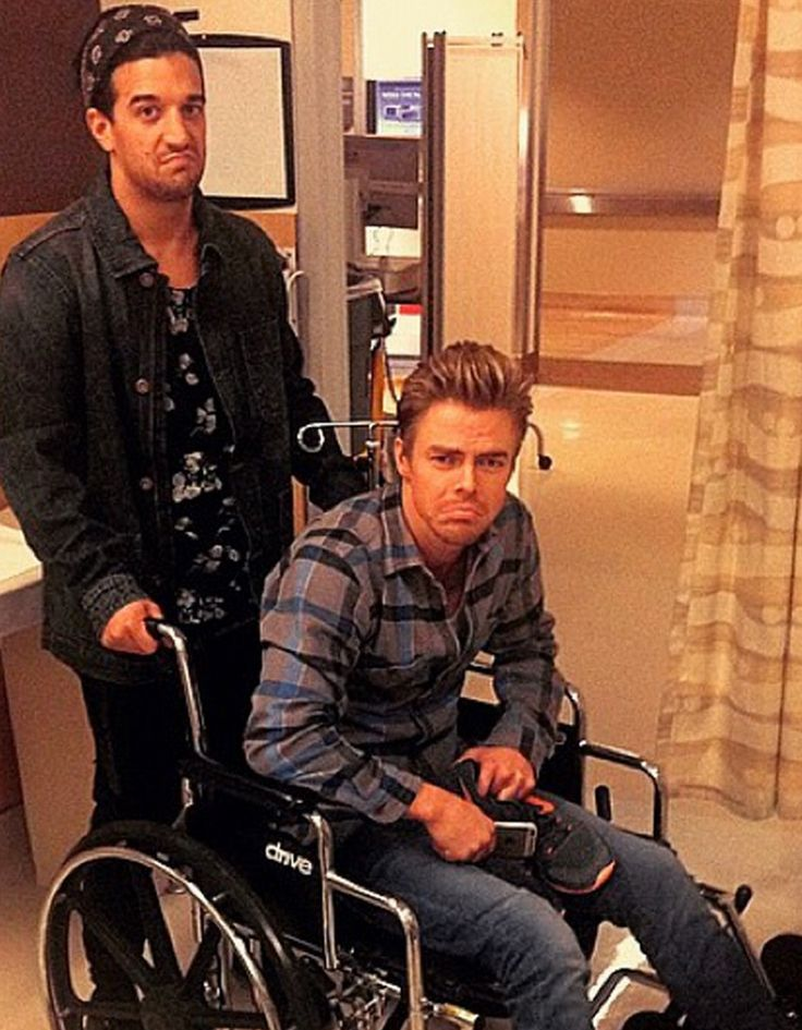 Derek Hough injured during his rehearsal on Dancing with the Stars! Will he make it back to the dance floor in time for next week's show?