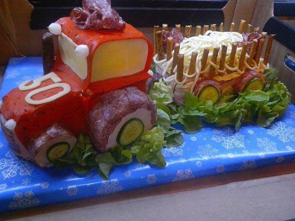 Slané torty sú veľmi obľúbené a čoraz viac získavajú na popularite. Dalších 39 nápadů na webu!!