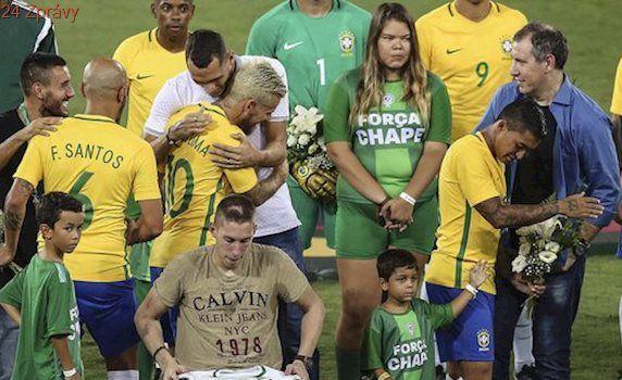 Charita v Riu pro oběti nehody? Nízká návštěva, atmosféru kazil pískot