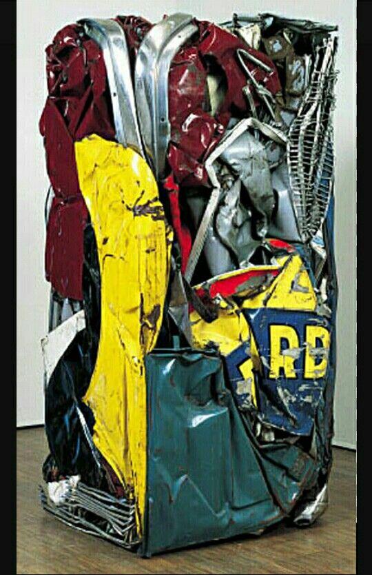 219. César, compression de voiture Richard 1962 m 1,53x0,73x0,65 elementi di carrozzeria Parigi M d'Art