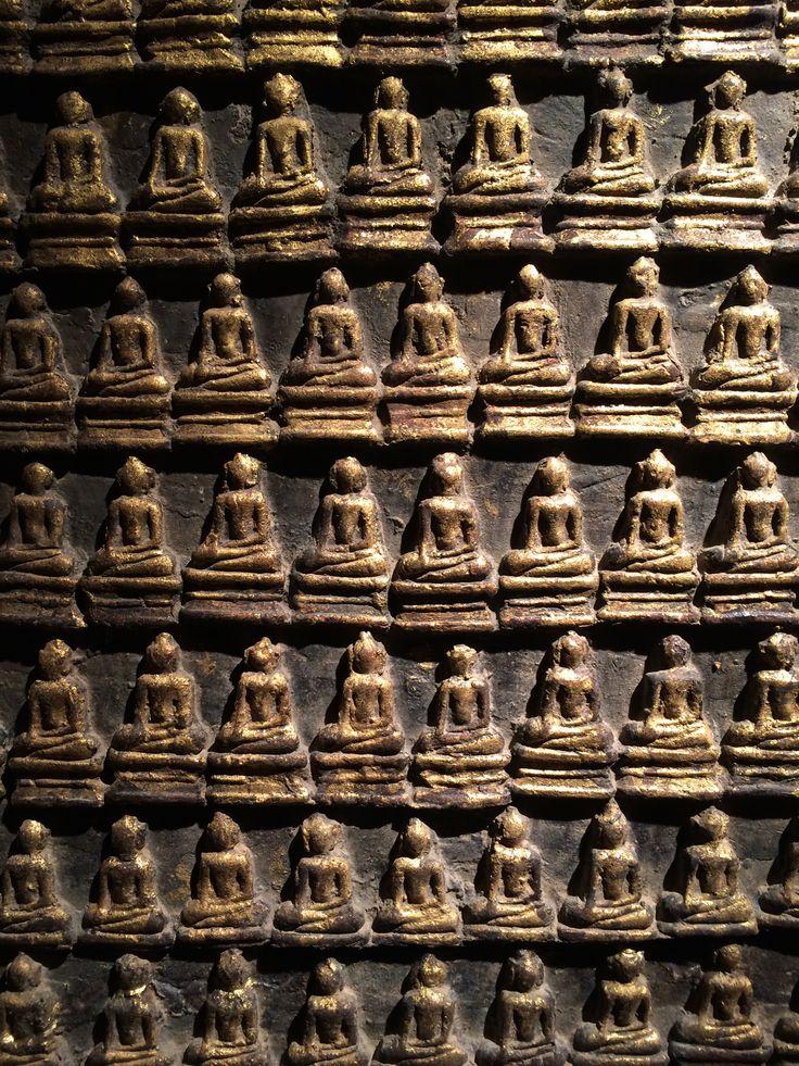 "Thai stupa ""Thousand Buddhas"""