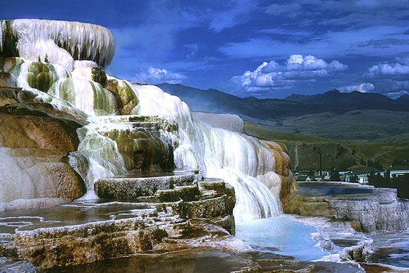 yellowstone | Création à Yellowstone du premier parc national aux États-Unis