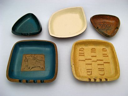 ceramic-arts-calgary-ashtrays-50s-60s A nice selection of ashtrays from Calgary's Ceramic Arts. Obviously, there was a time when ashtrays were much more ubiquitous domestic objects… it seems that the triangular Centennial ashtray was a popular souvenir.