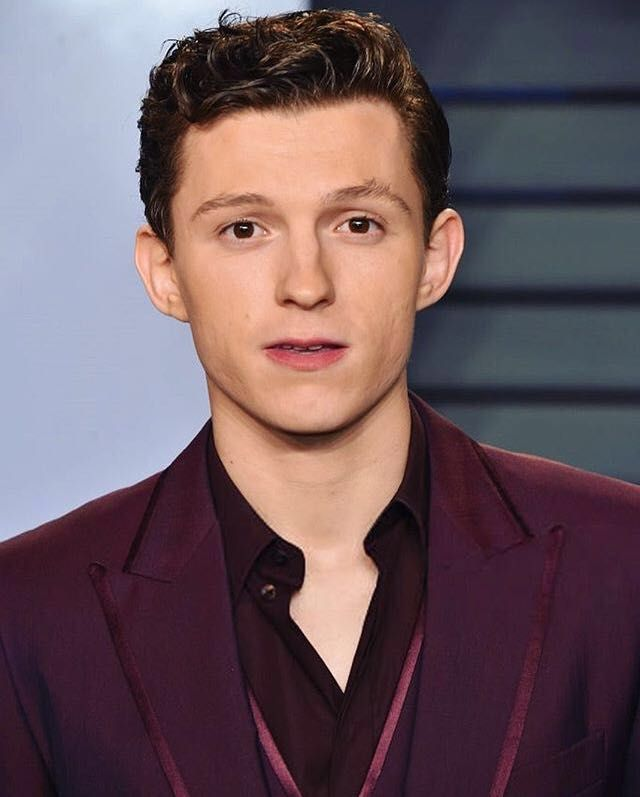 This book will contain Imagines Tom Holland x Reader- It