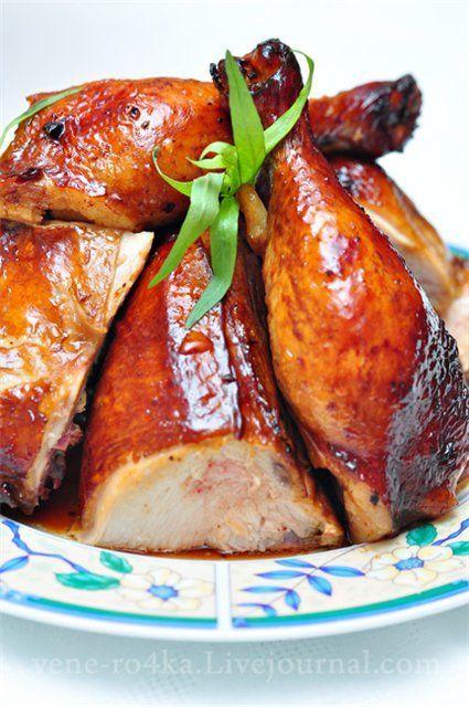 Обожаю эту курицу!!!)) Как делать: Курица - 2 кг., Для маринада: Масло растительное - 2 ст.л., Чеснок измельченный - 2 ч.л., Имбирь, натертый на мелкой тёрке - 2 ч.л., Красный перец чили (свежий, мелко измельченный) - 2 ч.л., Вино Мирин (можно заменить на белое полу-сладкое вино) - 100 мл., Соевый…