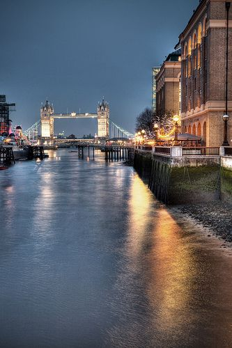 London Bridge by Mark Carline