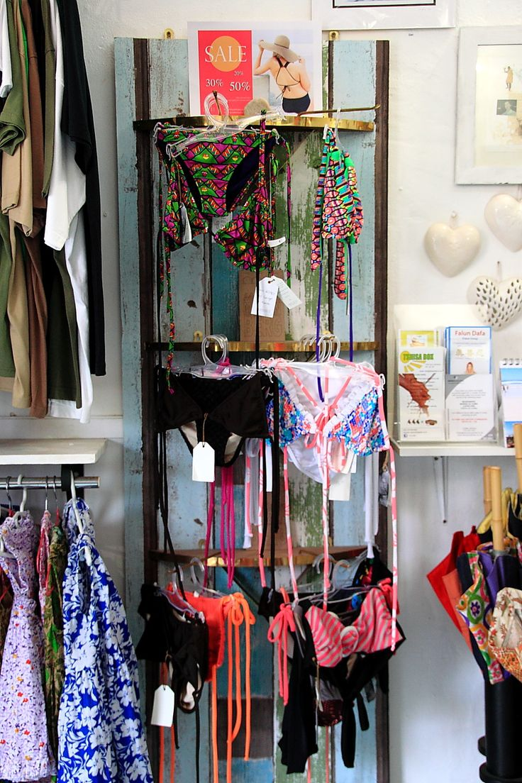Made in Muizenberg CoOp Shop hosts, supports and celebrates local micro enterprises of quality made design and products.  Made In Muizenberg Co Op Shop gives the micro businesses in the Muizenberg area the opportunity to collectively sell quality produced products and design.  Products include - clothing, original art, prints, baby carriers, jewellery and many more....  Visit 36 Palmer Rd, Muizenberg #Muizenberg  https://www.facebook.com/madeinmuizenberg
