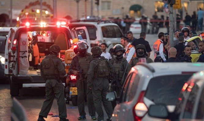 'She stepped out of the taxi - and drew her knife' - Arutz Sheva