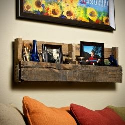 Shelving made from recycled pallets.  I don't know what it is about pallets, but I love them!