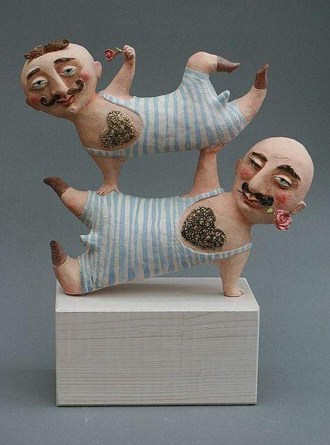 Les acrobates de l'amour by Elya Yalonetski ARTE24.EU, via Flickr