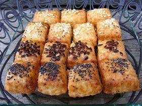 ...Ízes-Mázostól :)         Húsvétra háromféle sósat sütöttem:   Az Édesanyám-féle sajtos rudat , az elmaradhatatlant.   Kreáltam e...