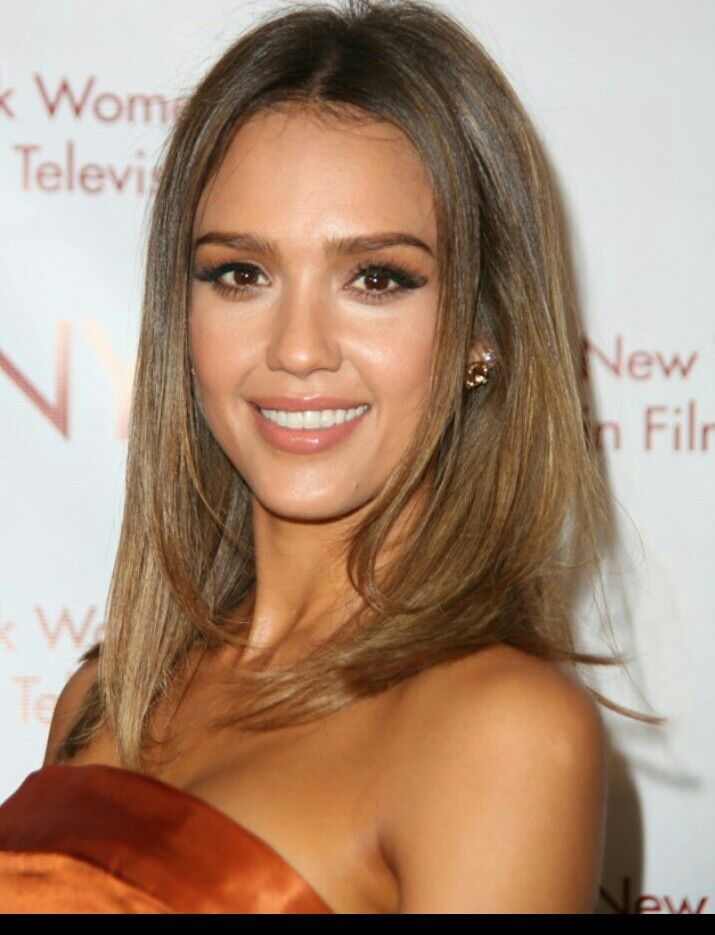 chatain clair jessica alba cheveux pinterest hair style. Black Bedroom Furniture Sets. Home Design Ideas