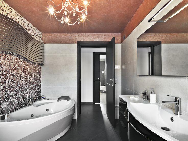 Best 25 Bathroom Lighting Ideas On Pinterest: Best 25+ Light Grey Bathrooms Ideas On Pinterest