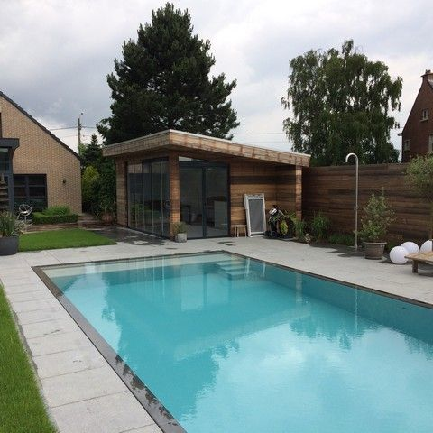 Poolhouse Met Verandabeglazing Opgeleverd Door Lumalux Terras