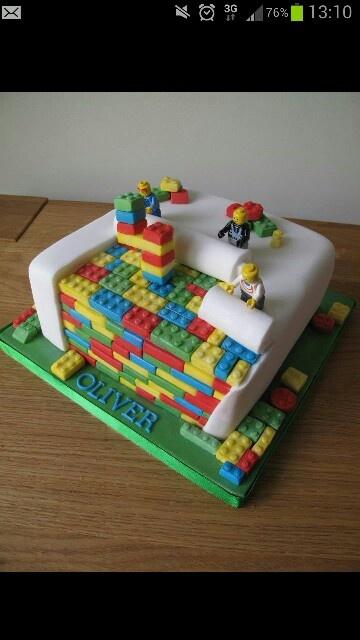 Brilliant Lego Cake!