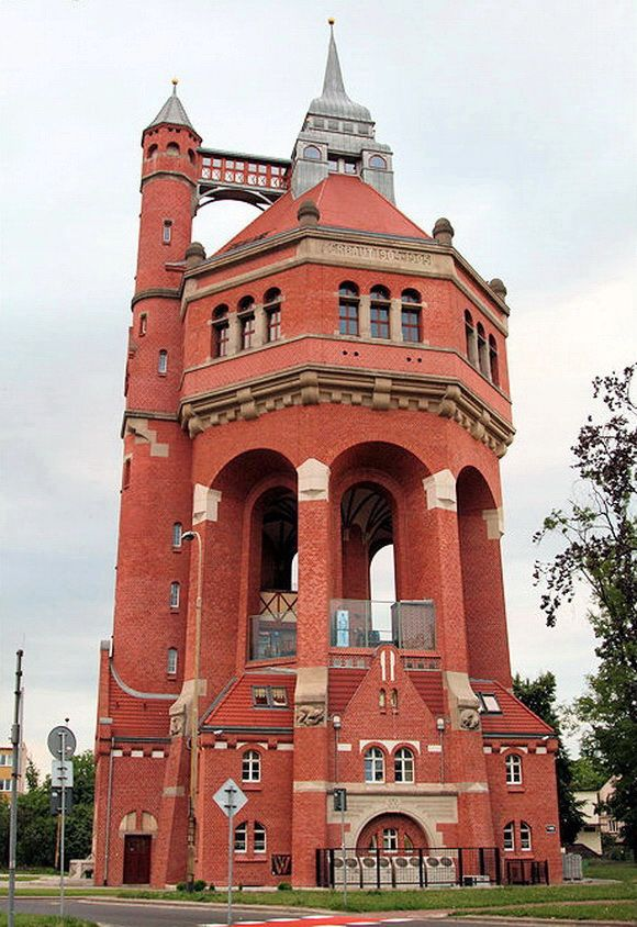 This historic Wrocław water tower is situated in Borek, the district of Krzyki that is the southern borough of Wrocław, Poland. The water tower in Wrocław was designed by Karl Klimm, a reputed local architect.The tower is 63 meters (207 ft) high. It was equipped with an electric lift from the very beginning. From June 1906 the lift allowed people to reach an observation deck situated at a height of 42 meters (138 ft). In 1995 the building was converted to a stylish restaurant complex