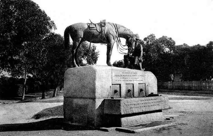 Bing Images    Unveiling of the famous Horse Memorial in 1905, honoring horses perished during the Anglo Boer War 1899-1902, Link http://www.stgeorgespark.nmmu.ac.za/content/the park/displayarticle.asp?artid=the park_010