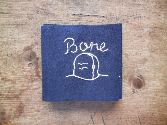 Etsy の Embroidery Picture BookBone by UROCOUROCO