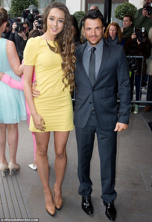 Peter Andre's fiancé Emily MacDonagh shows off incredibly ...