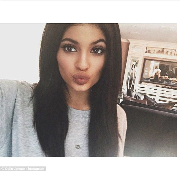Kylie Jenner, 17, puckers up as she posts another Instagram selfie #dailymail