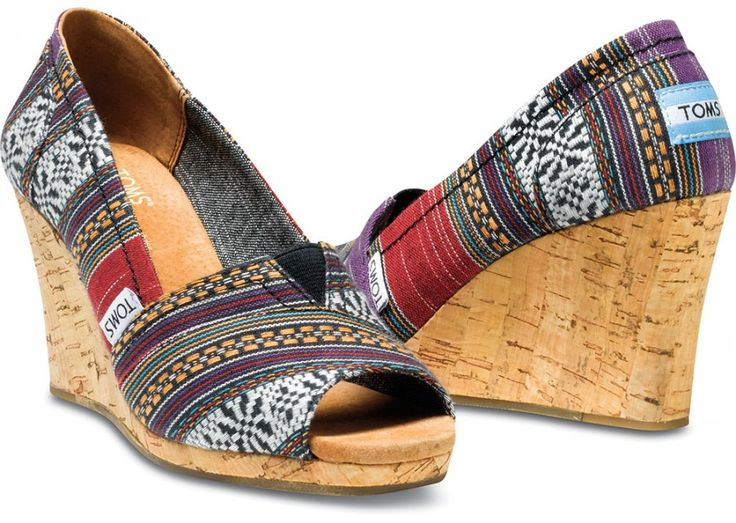 road trip tip: snag local textile wherever you go //TOMS purple lina wedges with inspiration from Nepalese textiles