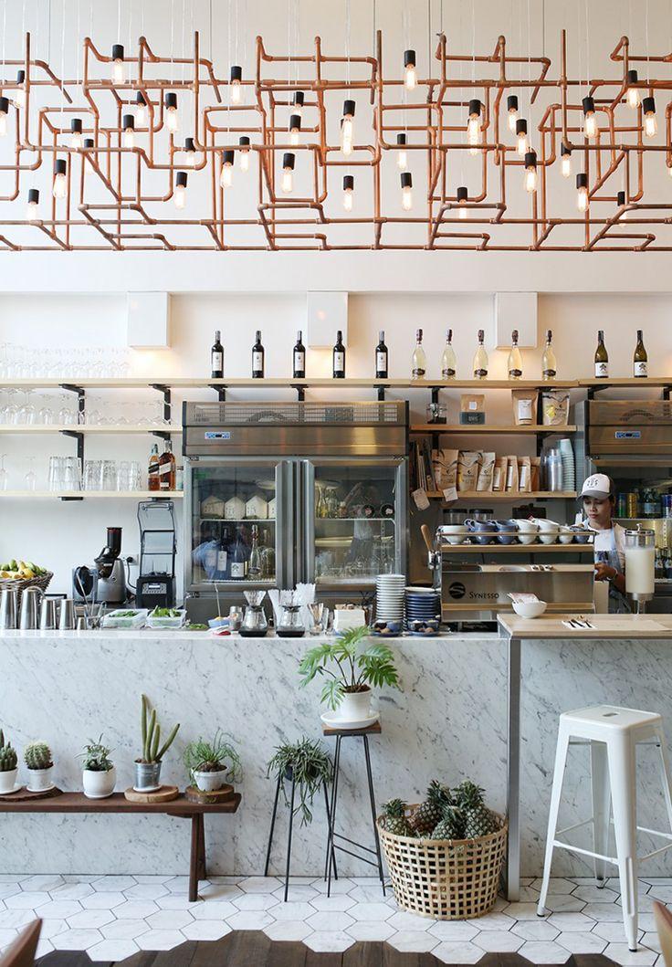 Rocket Coffe Bar, en Bangkok   tránsito inicial