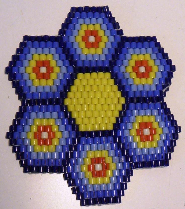 ORIGINAL DDR Glasperlen Untersetzer -  vielfarbig lila blau rot gelb weiss
