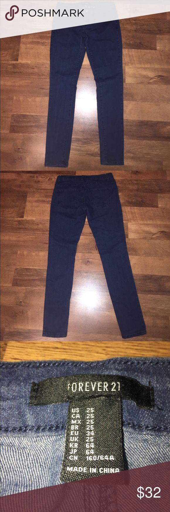 Dark wash Forever21 skinny jeans Super cute dark wash jeans for teens of women. Bought from Forever21. Never worn(but I took the tag off before I knew I was going to sell). Sizes: Small, or 28. I accept offers!! Forever 21 Jeans Skinny