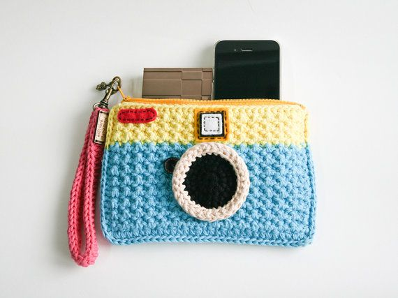 Crochet Vintage Camera Purse Yellow and Light Blue by meemanan