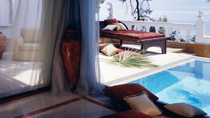 Passion For Luxury: Danai Beach Resort & Villas