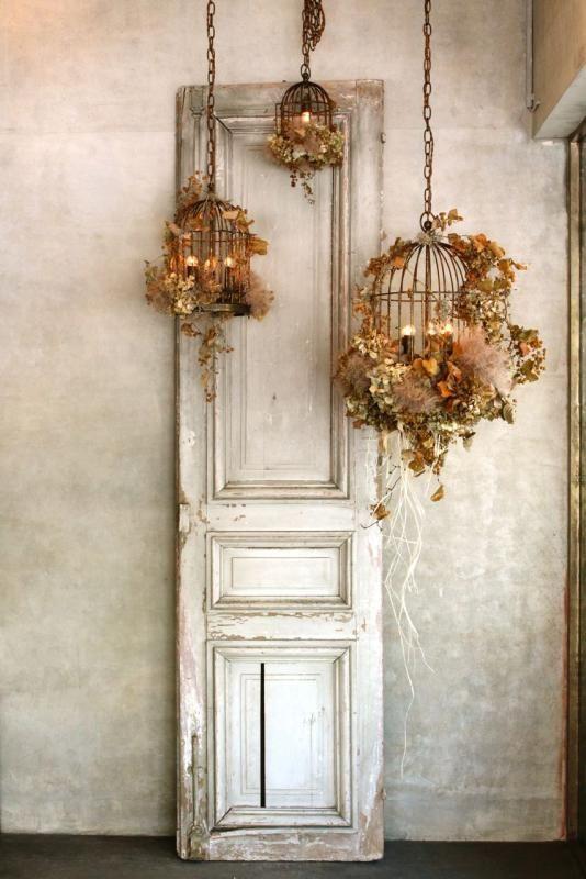 ジィールオンラインショップ/シャンデリア(アイアン製) bird cage 4灯。アイアン製の鳥かごのシャンデリアにドライフラワーのあじさいや蔦を装飾したジィールオリジナルのシャンデリア。