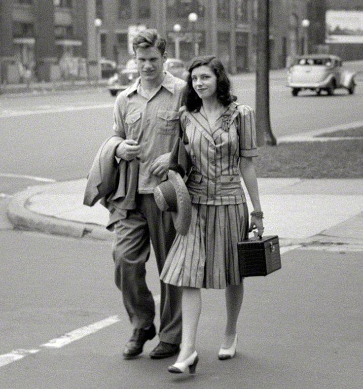 Traffic-Stopper: 1941 Shorpy Historical Photo Archive