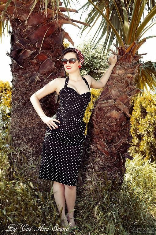 Sewing: polka dot bombshell dress