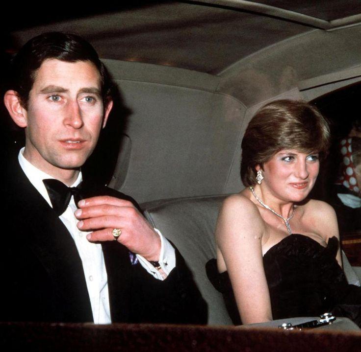 Prinz Charles und Lady Diana Spencer auf dem Weg zu ihrem ersten gemeinsamen Auftritt im März 1981 in London