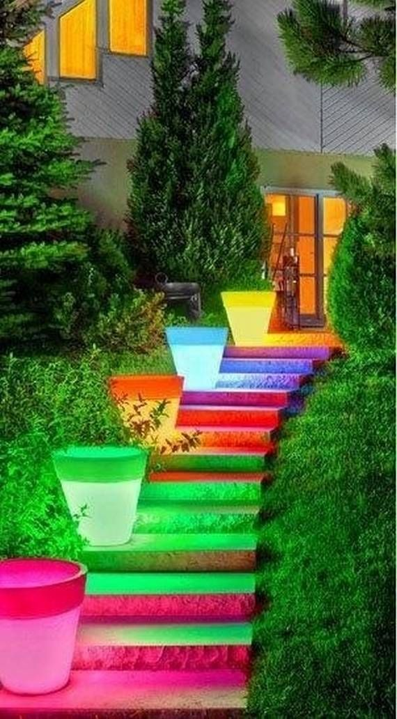 Top 25 Home Stairs Decorating DIY Projects