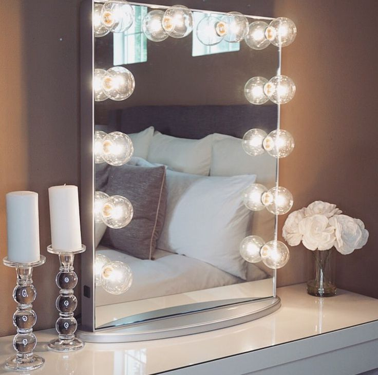 30 best jaclyn hill images on Pinterest Closet office, Cubical ideas and Desk ideas