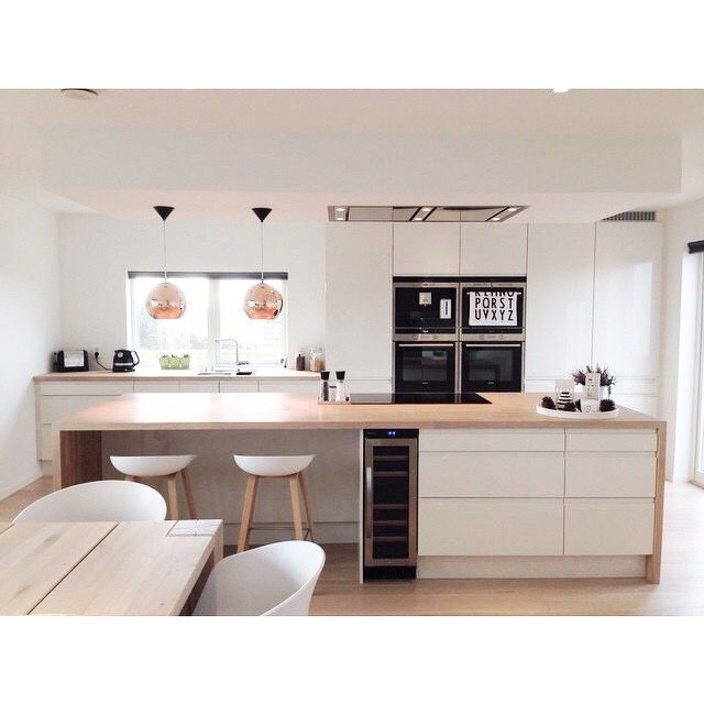 Instagram media by immyandindi - TBT the amazing kitchen of @frufjellstad I will never get tired of this view | #interior #inspo #copper #tbt #pendant #perfect #favourite #kitchen #balance #simple #white #haydesign #designletters #design #designer #propertystyling