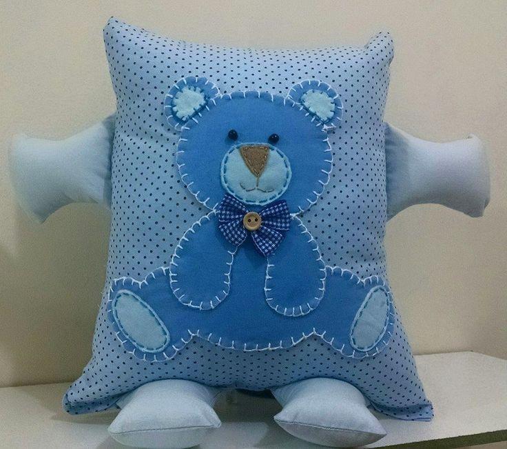 Almofada de bracinho para o bebê dormir agarradinho