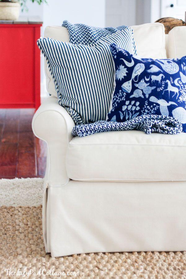 Throw Pillows Luxury : DIY Anthropologie Napkin Throw Pillows Cottages, Throw pillows and Napkins