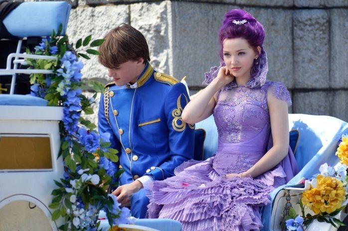 Dove Cameron And Mitchell Hope From Disney S Descendants