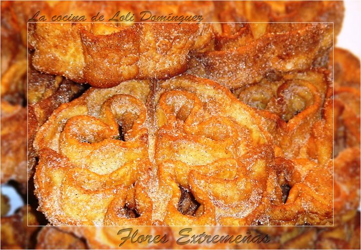 Flores Extremeñas, dulce tradicional en carnavales o Semana Santa.  Receta en mi Blog: http://lacocinadelolidominguez.blogspot.com.es/2014/01/flores-extremenas.html Videoreceta en You Tube: http://www.youtube.com/watch?v=KUphCv5_m8s