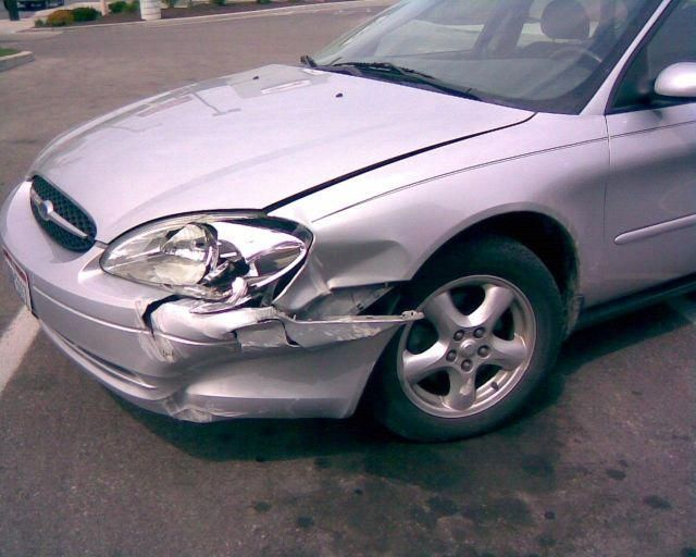 Wrecked Silver Ford Car For Sale Perth Car Car Buying Cars For