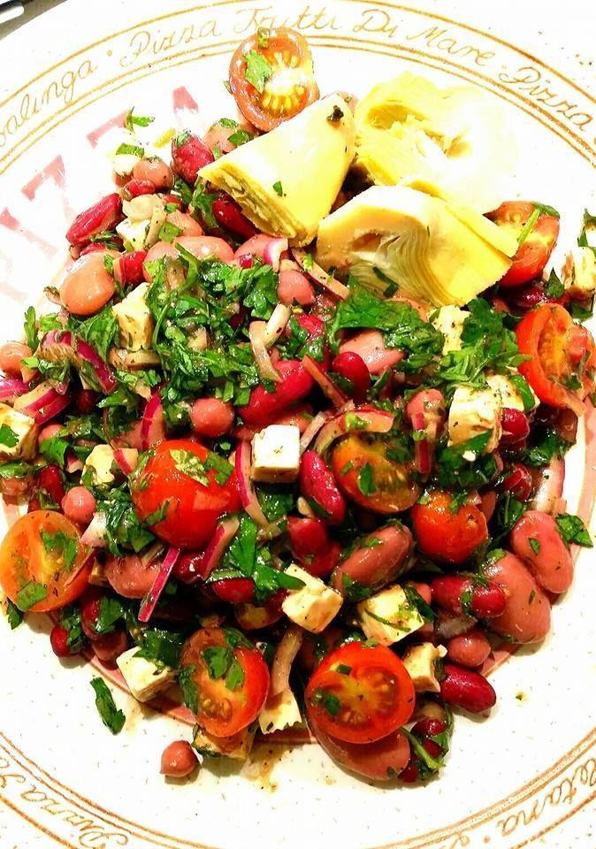 Bönsallad med fetaost och vinägrett