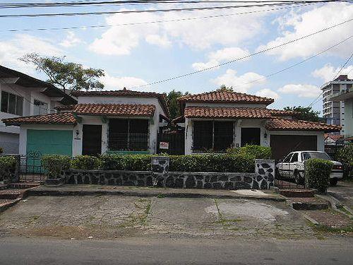 Centro Histórico no colonial de Panamá y los Barrios de La exposición y Bella vista - SkyscraperCity