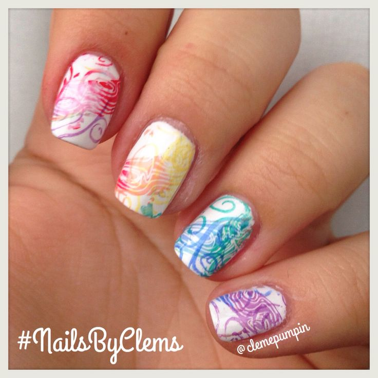 """Hi there! Here we go! Last part of #moyou20k #rainbow challenge using all the colors of this week!  used #stampingplate """"Mother Nature"""" 01 with a LOT of #nailpolishes so if you need to know just ask below!  hope you like it! #nails #notd #nailstagram #nailsbyclems #naturalnails #nailart #nailartchile #nailartdaily #nailartwow #uñas #unhas #unhasdasemana  #arcoiris #color #art #nails2inspire"""
